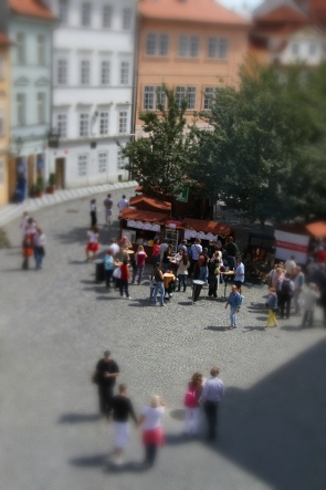 Pic of Kampa island, Prague with fake GIMP selective focus applied