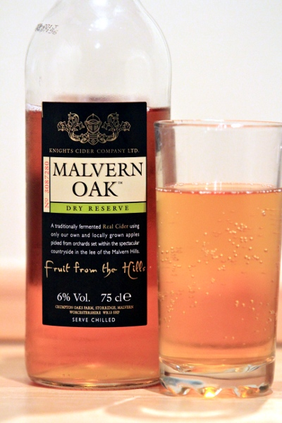 Cidery DoohDah. Its Malvern Oak Cider, a bottle and a glass of cidery goodness. Yum.