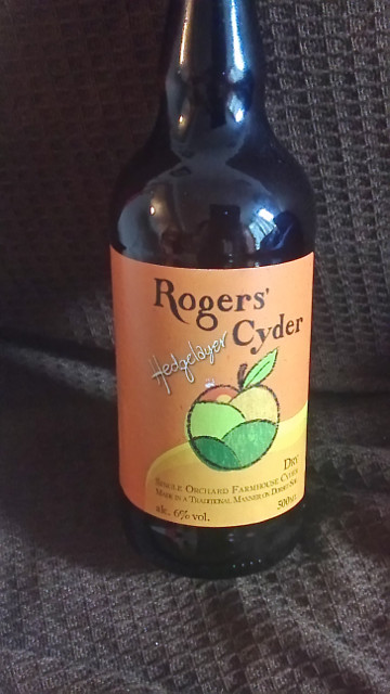 Picture of a bottle of rogers hedgelayer cyderder