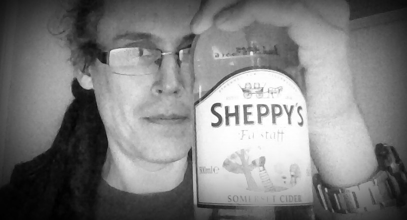 Picture of a bottle of sheppys falstaff cider